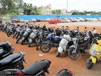 Pay-and-park slot near Koyambedu Metro station. Pic: Debjeet Dey